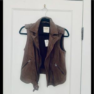 Vegan suede Abercrombie and Fitch vest NWT